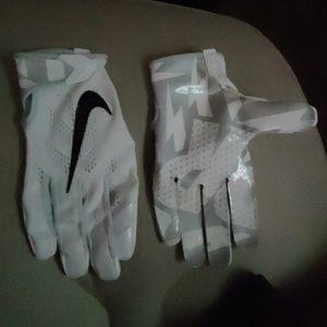 Nike Adult Vapor Knit Football Gloves